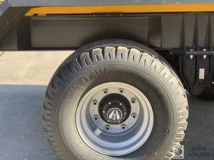 Колесо прицепа для трактора